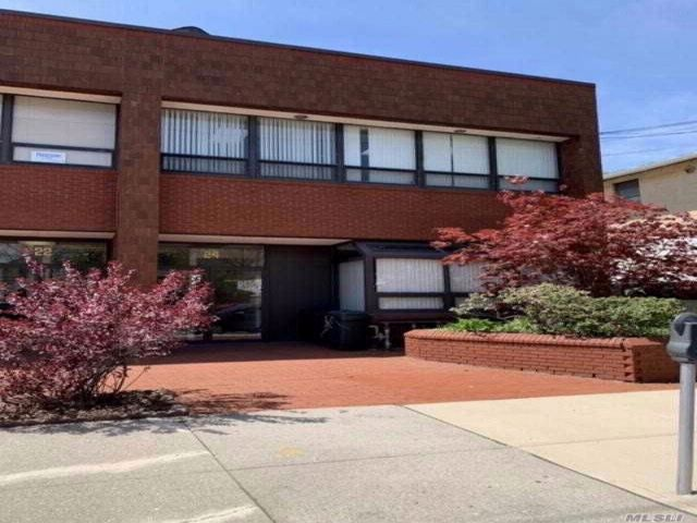Commercial Property in Floral Park