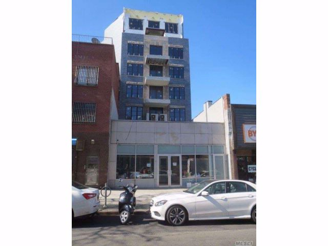 Commercial Property in Prospect Heights