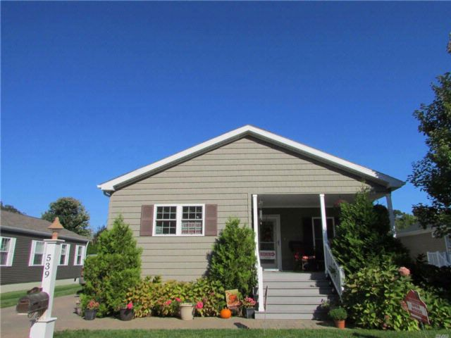 2 BR,  2.00 BTH  Ranch style home in Riverhead