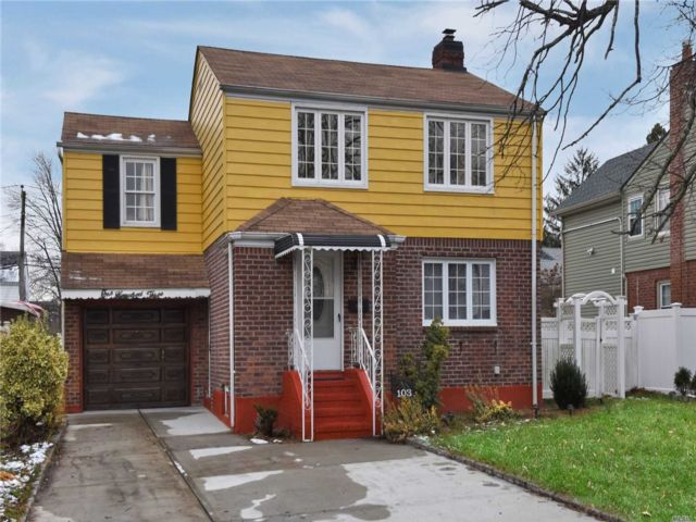 4 BR,  2.00 BTH  Colonial style home in Elmont