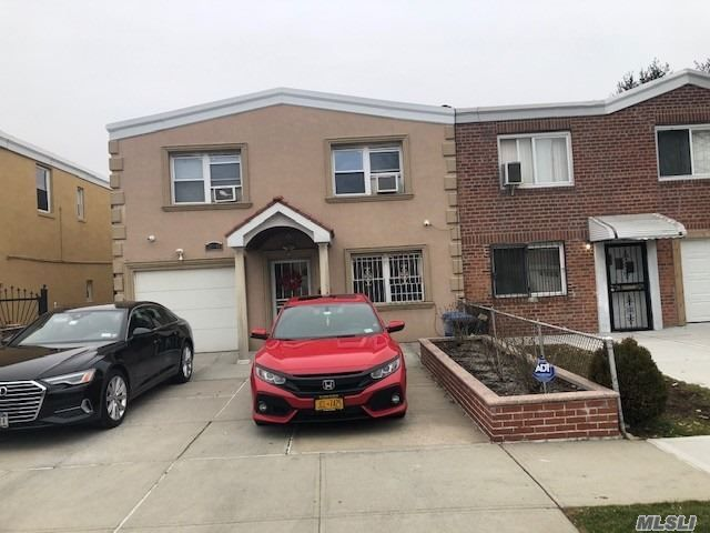 4 BR,  2.00 BTH  Other style home in East Elmhurst