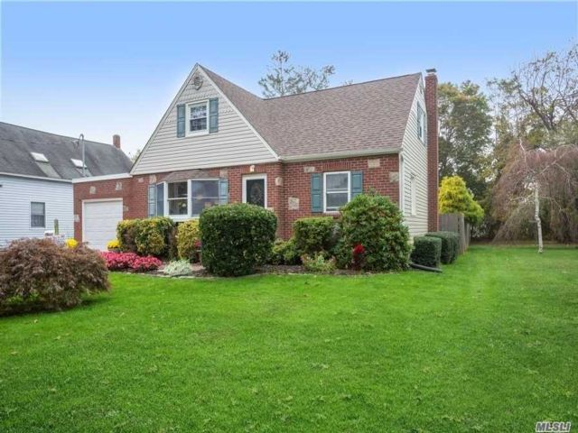 4 BR,  2.00 BTH  Cape style home in West Sayville
