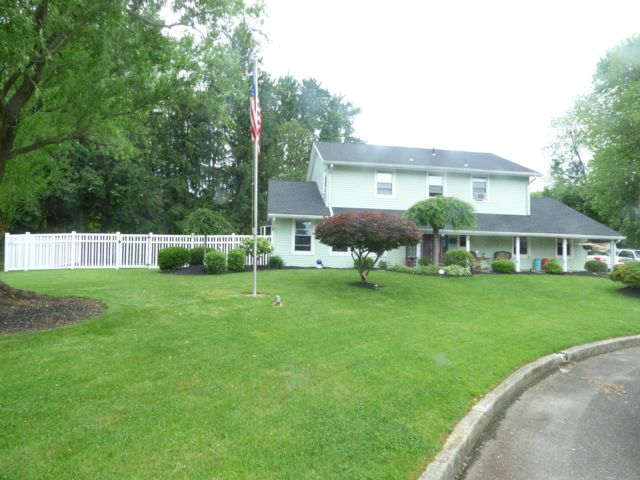 4 BR,  2.50 BTH  Colonial style home in Blackwood