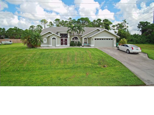 4 BR,  2.00 BTH  Ranch style home in Cape Coral