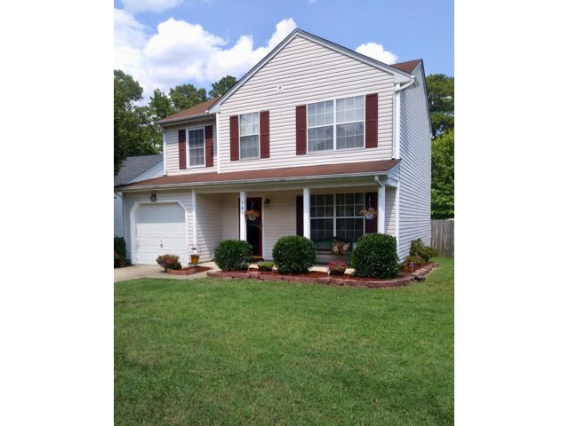 3 BR,  2.50 BTH  Contemporary style home in Newport News