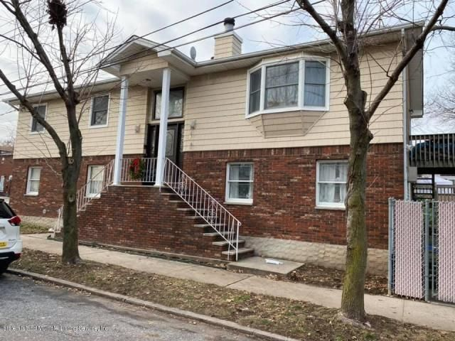 4 BR,  2.50 BTH  Other style home in Great Kills