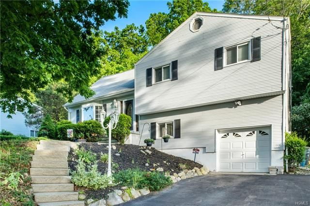 3 BR,  1.50 BTH  Split level style home in Cortlandt Manor