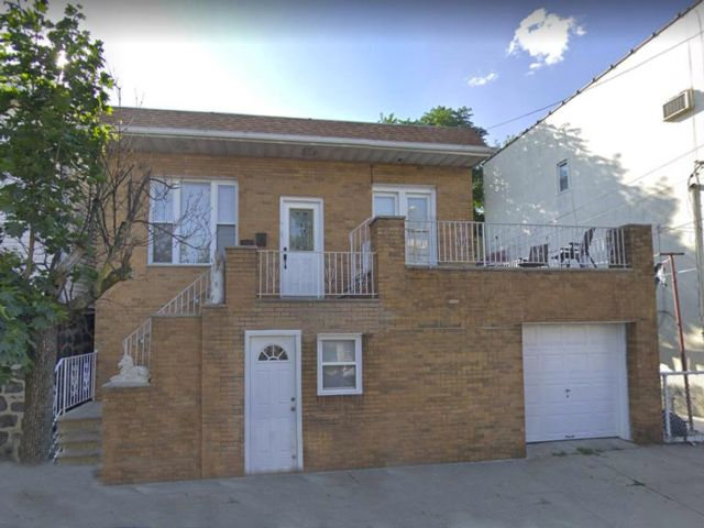 3 BR,  2.00 BTH  Colonial style home in North Bergen