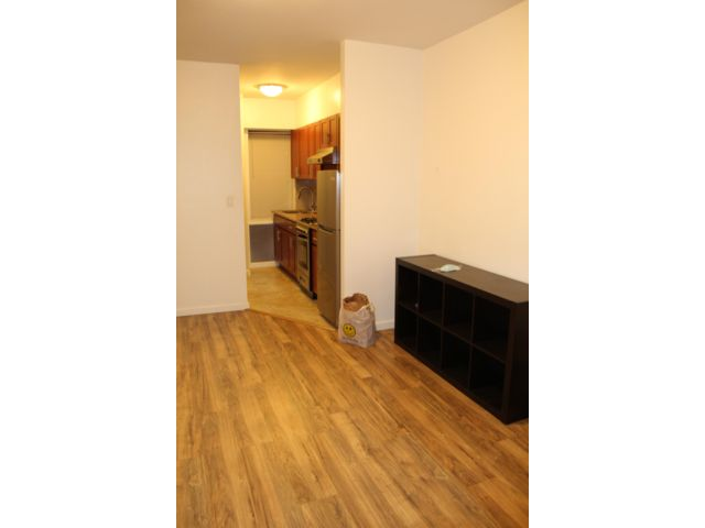 1 BR,  1.00 BTH  Rental style home in New York
